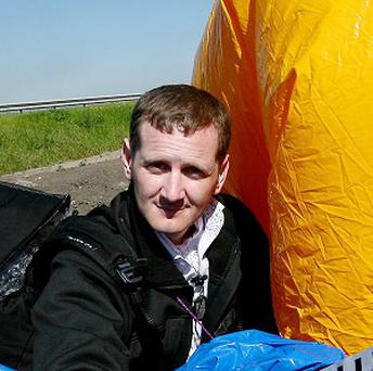 Jonathan Trappe is trying to cross the Atlantic using a cluster of balloons