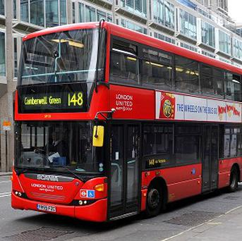 A campaign group says people who travel to work by bus should be rewarded