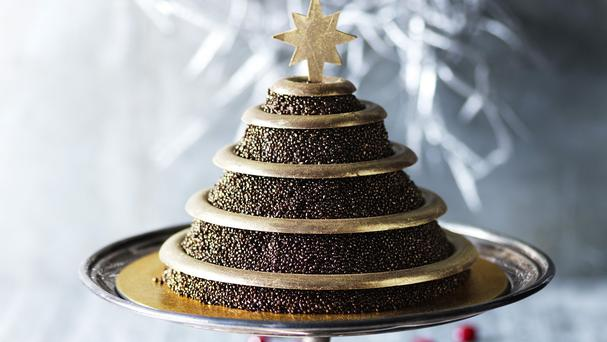The Five Gold Rings cake from the Marks and Spencer Christmas range