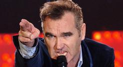 Singer Morrissey has cancelled a concert in Iceland in a row over vegetarian food