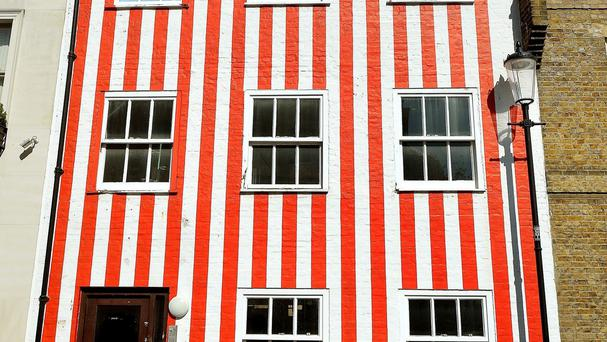 The house owner has been ordered to get rid of the stripes