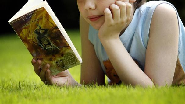 Read On. Get On. aims to get parents chatting to youngsters to help them develop literacy skills