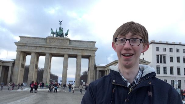 Blogger Jordon Cox by the Brandenburg Gate