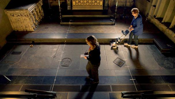 Erica Utsi conducting GPR survey of William Shakespeare's grave (Channel 4)
