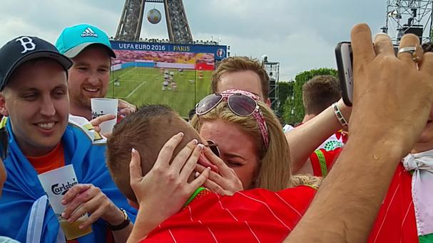 Darren Crandon and Emma White moments after he proposed in Paris