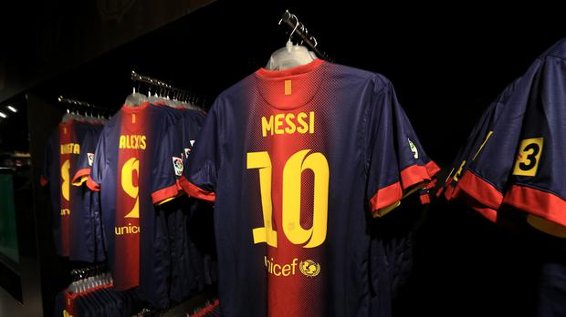 huge selection of c033f 80607 Lionel Messi's room full of swapped shirts is world class ...