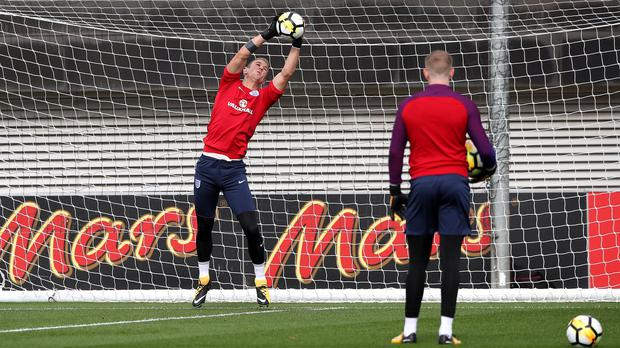 Joe Hart trains with England