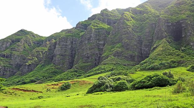 Landscape in Ka'a'awa Valley, Oahu, Hawaii (m-kojot/Getty/PA)