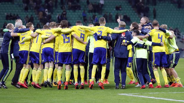Sweden celebrate qualifying for the World Cup