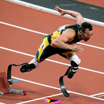 Murder suspect Oscar Pistorius wants to resume track training