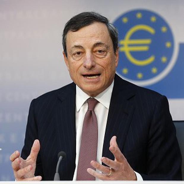 President of European Central Bank Mario Draghi says the eurozone economy should recover later this year