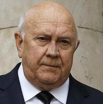 Former South African president FW de Klerk is to be fitted with a pacemaker
