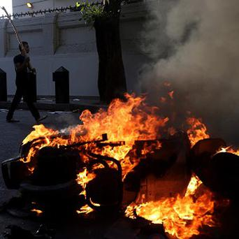 Morsi supporters and opponents clashed in Cairo (AP)