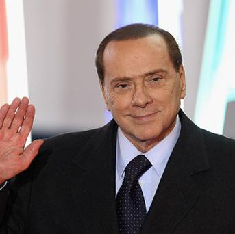 Government ministers in former Italy PM Silvio Berlusconi's political party have announced their intention to resign