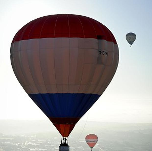 Crash investigators in New Zealand say the pilot of a hot-air balloon probably smoked cannabis last year before taking a fatal flight that killed all 11 on board.