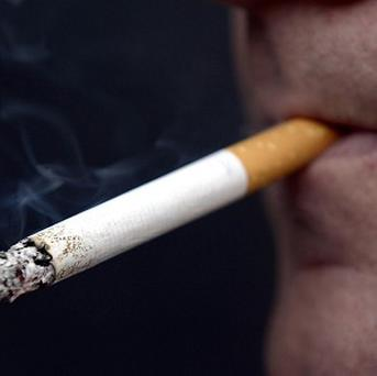 New York is to ban tobacco sales to under-21s