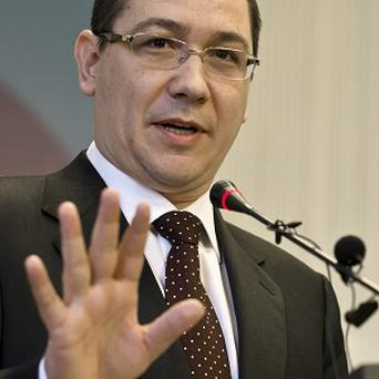 Victor Ponta has called on Britain not to treat Romanians as
