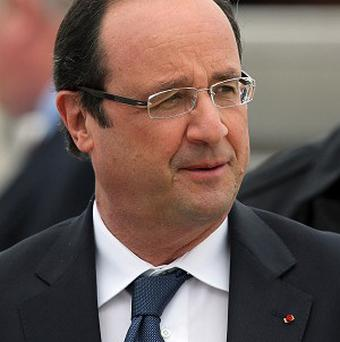 French President Francois Hollande will visit the Central African Republic after Nelson Mandela's funeral