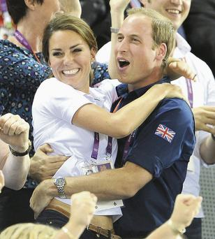 Prince William and Kate Middleton celebrates with their baby last night.
