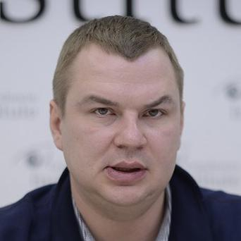 Dmytro Bulatov speaking to the media before his disappearance (AP)