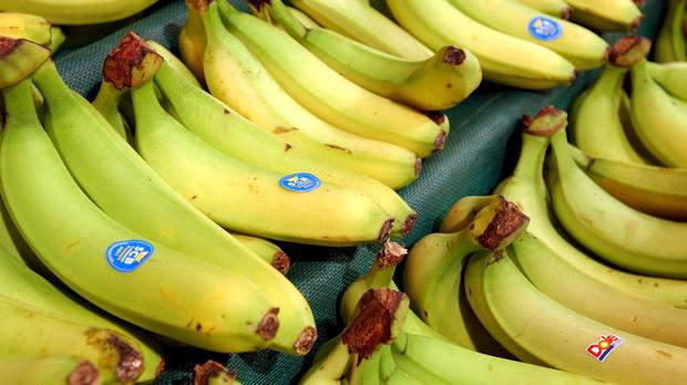A banana is one option for 100 calories