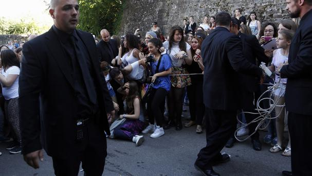 Fans crowd outside Forte Belvedere in Florence