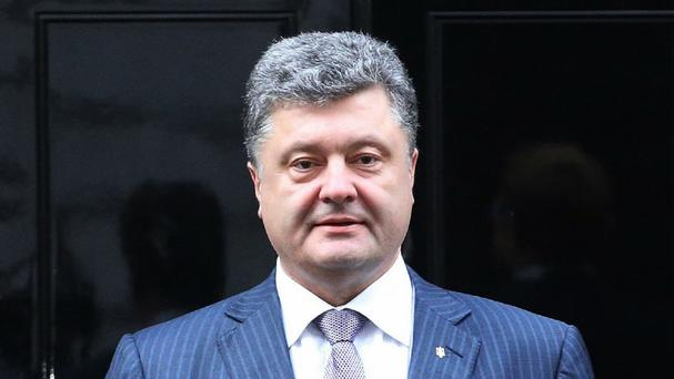 Petro Poroshenko has ordered security agencies to organise transport and relocation to help civilians leave some areas of eastern Ukraine
