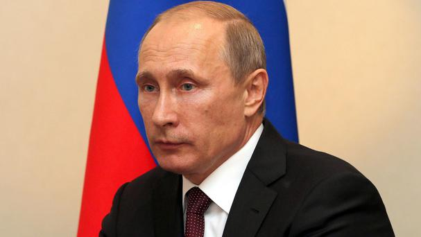 Russian President Vladimir Putin has moved to de-escalate the crisis in Ukraine
