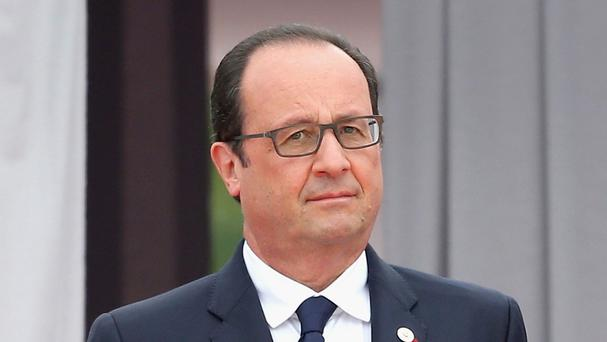 Francois Hollande has ruled out an international partnership with Bashar Assad to fight against the Islamic State group