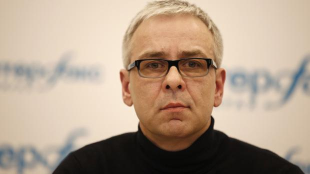 Russian businessman Dmitry Kovtun speaks during a press conference at Interfax headquarters in Moscow (APP)