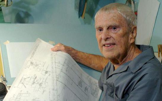 Oscar Holderer with his technical drawings Photo: AP