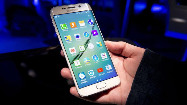 Sales of Samsung's Galaxy S6 and S6 Edge smartphones were below expectations, the company said
