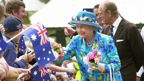 The Queen greets well-wishers in Bourke, Australia