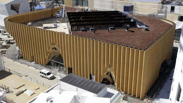 Prosecutors say 11 people were arrested in a probe of Milan Expo 15 construction contracts with links to the Sicilian Mafia (AP)