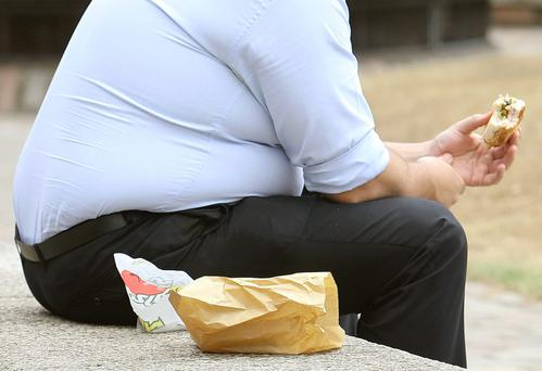 Being overweight makes the brain age by ten years, a new study has found.