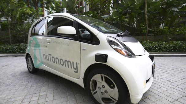 Self-driving cabs tested in Singapore