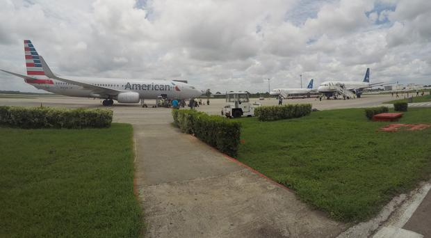 American Airlines and JetBlue Airways charter flights wait to depart from Havana's Jose Marti International Airport (AP Photo/Scott Mayerowitz, File)
