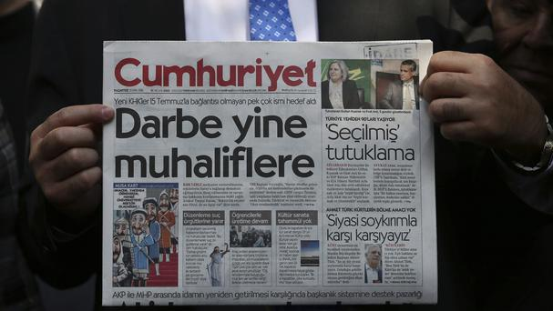 Senior journalists from Cumhuriyet have been jailed ahead of a trial