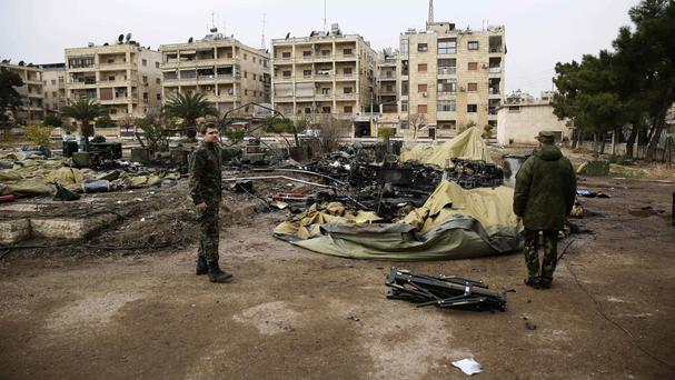 Syrian government forces advance on 2 fronts in Aleppo