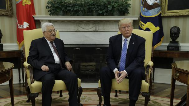 Trump and Abbas vow 'historic' peace deal