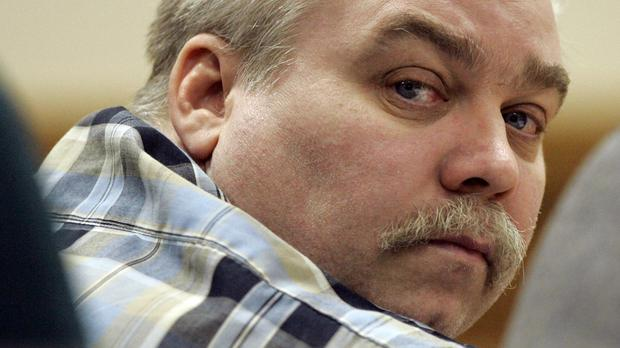 Steven Avery listens to testimonies in the justice hall of 2007. (AP)