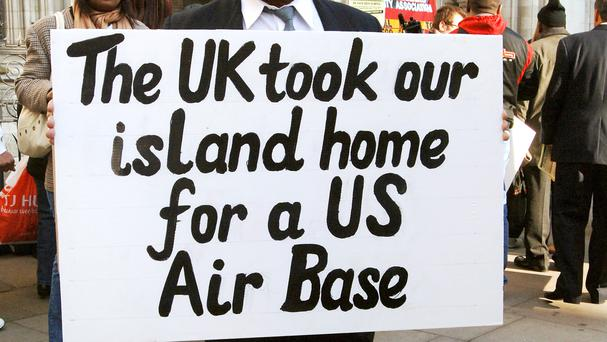 Chagos islanders protesting outside the High Court in 2016