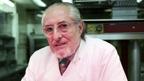 French chef Alain Senderens in the kitchen of his Parisian restaurant, Lucas Carton (AP Photo/Jacques Brinon, File)