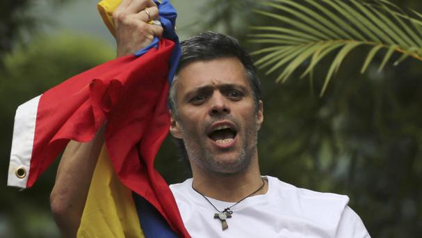 Venezuela reinstates opposition leader's house arrest