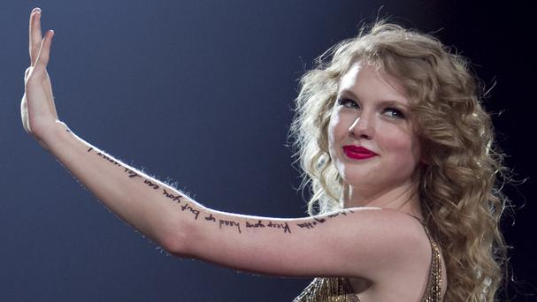 Taylor Swift and DJ David Mueller are suing each other (AP)