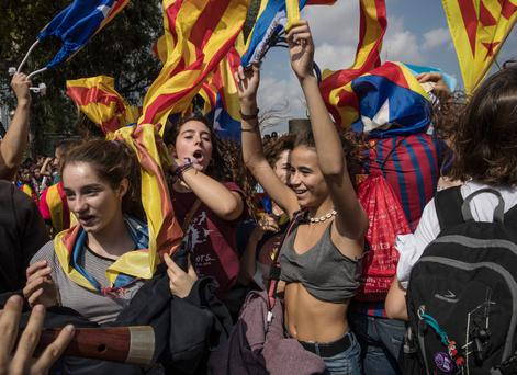 Students demonstrate in Barcelona against the Spanish government's ban on a self-determination referendum for Catalonia. Photo: Dan Kitwood/Getty