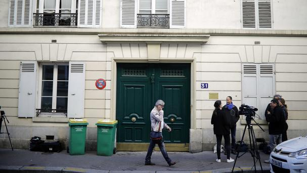 Entrance of apartment building where police found an explosive device (AP Photo/Kamil Zihnioglu)