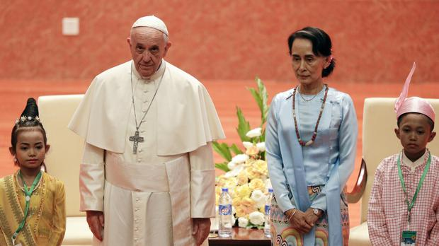 Pope Francis meets Burmese leader Aung San Suu Kyi at the International Convention Centre of Naypyitaw (AP)