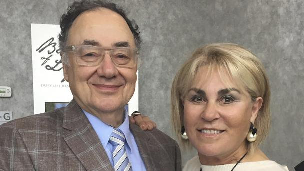 Barry and Honey Sherman pose for a photo in Toronto, Canada (United Jewish Appeal Federation - Greater Toronto/Canadian Press via AP)