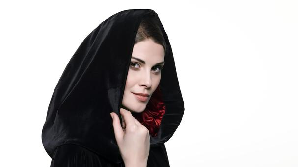 Lloyds Banking Group has ended a £100 billion asset management contract with Standard Life Aberdeen for its Scottish Widows business.